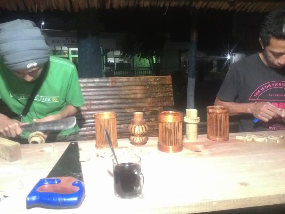 Pemuda Mongkonai Manfaatkan Bambu Jadi Bernilai Ekonomis