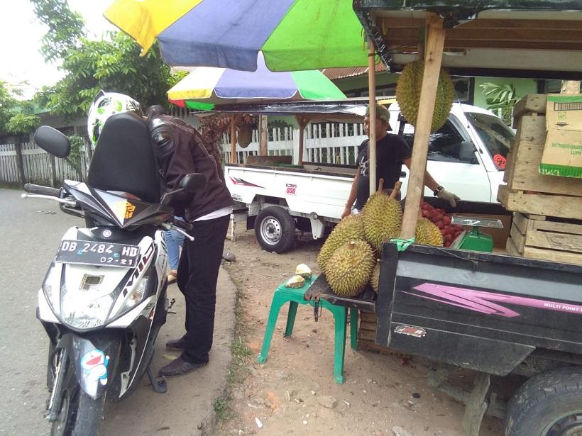 Sejumlah Titik di Kotamobagu Jadi Tempat Penjualan Buah Durian