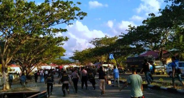 Demo Didepan Kantor KPUD Bolmut Berakhir Ricuh, 11 Pendemo Diamankan