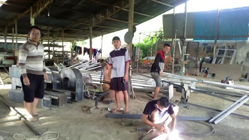 Bengkel Las Duta Karya Indah Beri Peluang Pekerja Putus Sekolah