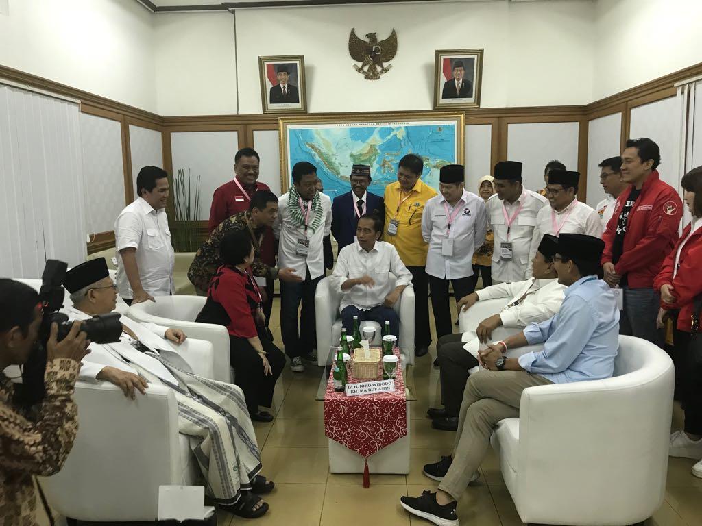 Hebat.! Olly Dondokambey Turut Dampingi Pasangan Jokowi-Amin ke KPU