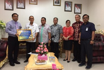 Pemkab Minahasa Terima Piagam Atas Keberhasilannya Menyusun dan Menyajikan Laporan Keuangan 2017