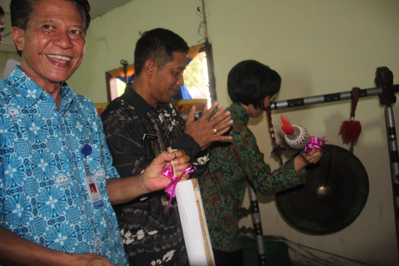Yasti Resmikan Pencanangan Kampung KB di 13 Desa Se Kabupaten Bolmong