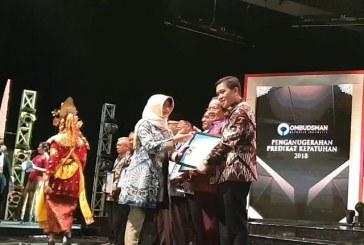 Berhasil Masuk Zona Hijau, Pemprov Sulut Raih Penghargaan Ombudsman