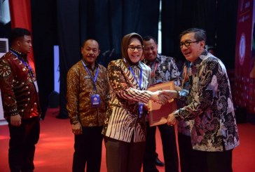 Penghujung Tahun 2018 Tatong Terima Penghargaan