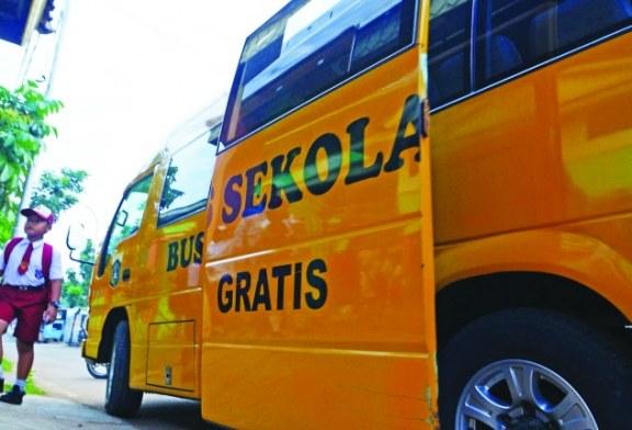 Permohonan 10 Unit, Pemkab Bolmong Hanya Terima 1 Unit Bus Sekolah