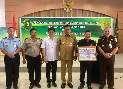 Gubernur OD Apresiasi Pencanangan Pembangunan Zona Integritas Pengadilan Tinggi Manado