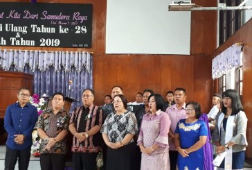 Sekda Jefri Korengkeng Hadiri Ibadah Syukur HUT ke-28 GMIM Syalom Tounkuramber