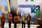 Gubernur Olly Dondokambey Raih Penghargaan Pembina K3 Terbaik dari Menteri Ketenagakerjaan