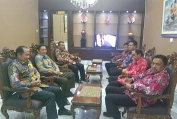 Hebat, Gubernur Olly Boyong Bupati/Walikota Ketemu Presiden Jokowi Bahas Proyek Daerah