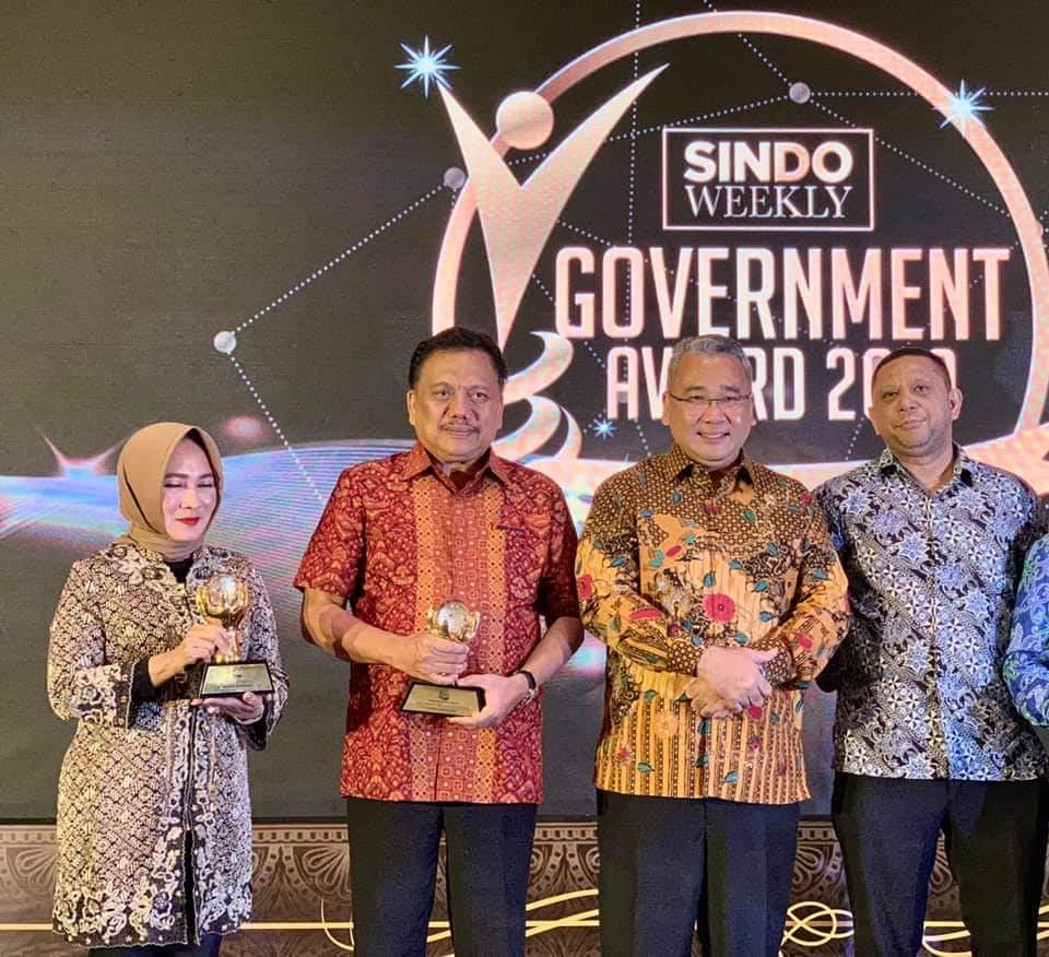 Hebat, Gubernur Olly Dinobatkan sebagai Kepala Daerah Inovatif