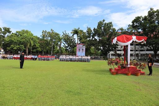 Peringatan Hardiknas, Wagub Kandouw Sampaikan Amanah Mendikbud