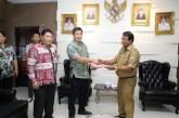 Wakili Gubernur Olly, Wagub Kandouw Serahkan SK Plt Bupati Talaud ke Tuange