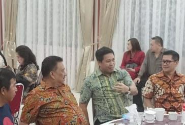 Joune Ganda Dampingi Gubernur Olly di Pengucapan Syukur Minahasa