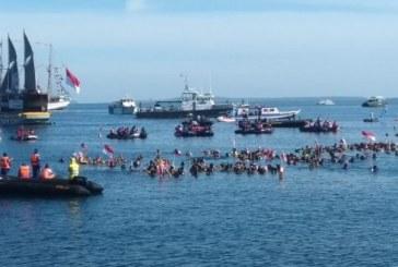 Pecahkan Rekor Dunia, Ribuan Penyelam Penuhi Pantai Manado