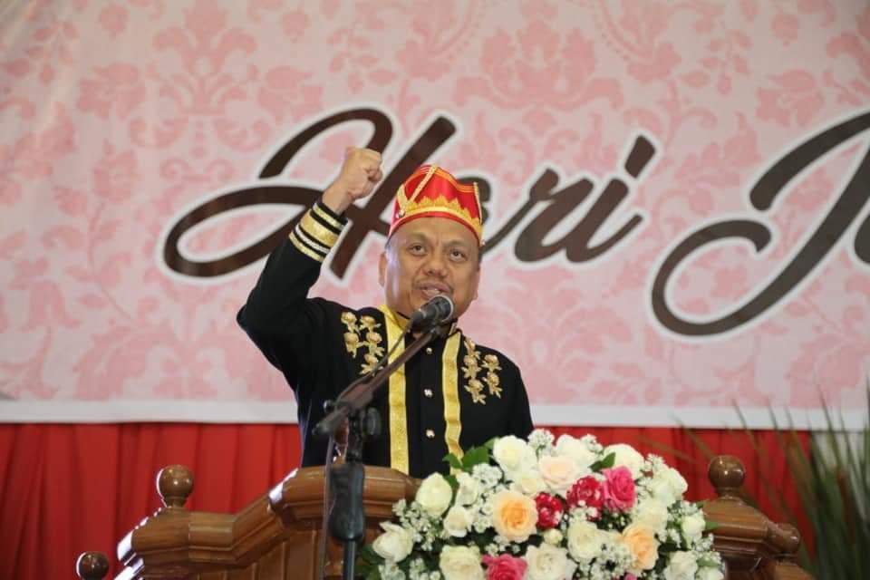 Momentum HUT Minahasa ke-591, Gubernur Olly Dondokambey Dikukuhkan sebagai Tonaas Wangko Um Banua