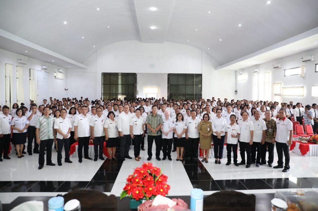 Di Hadapan Seluruh ASN Sitaro, Wagub Kandouw Pesan Jaga Integritas