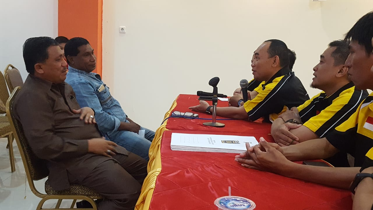 Penuhi Undangan, UT Daftar Calon Wakil Walikota Manado di PKS