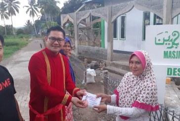 Joune Ganda Serahkan Sumbangan Pembangunan Masjid Almuhajirin di Desa Munte