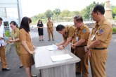 Sekretaris DPRD Sulut Glady Kawatu Serhkan SK THL Setwan