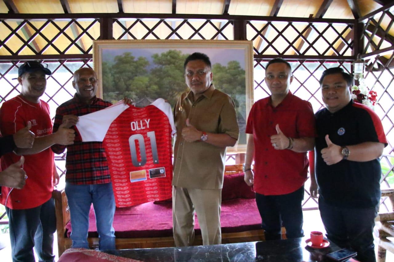 Bermarkas di Stadion Klabat, Persipura & Sulut United Bangkitkan Atmosfer Sepakbola Nyiur Melambai