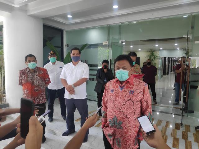Gubernur Olly Minta Kab/Kota Siapkan Rumah Singgah dan Lahan Pemakaman Korban Covid-19
