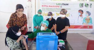 First Lady Manado Pantau Vaksinisasi Ijo Itam